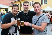 Osmý ročník festivalu Slunce ve skle přilákal v sobotu do Černice tisíce lidí.