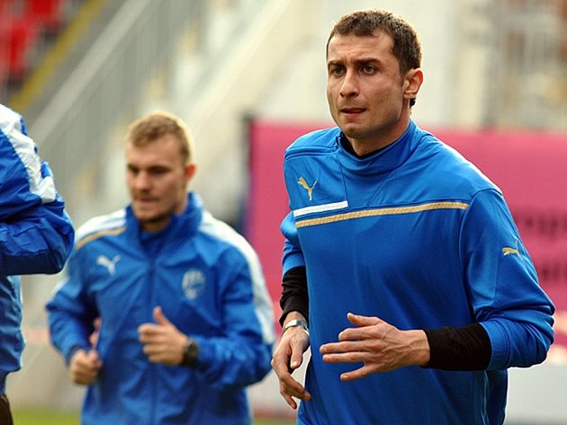 Gruzínský reprezentant Akaki Khubutia (vpravo) si v sobotu poprvé zatrénoval s týmem Viktorie Plzeň
