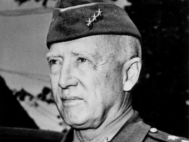 Generál Patton se narodil 11. 11. 1885