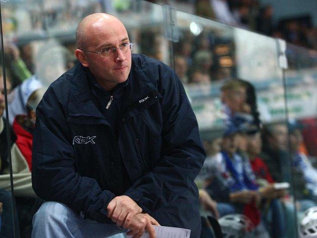 Plzeňský trenér Pavel Hynek (na snímku) věří, že po reprezentančí přestávce jeho tým dokáže zlomit výsledkové nezdary z minulých pěti kol