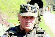 Velitelem plzeňské roty aktivních záloh je major Ján Vištiak.