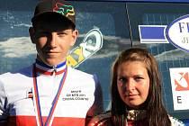 Českým šampionem  mezi kadety se stal stupenský Jan Rajchart (vlevo) a bronzovou medaili si v Teplicích vybojovala jeho týmová kolegyně Tereza Vališová