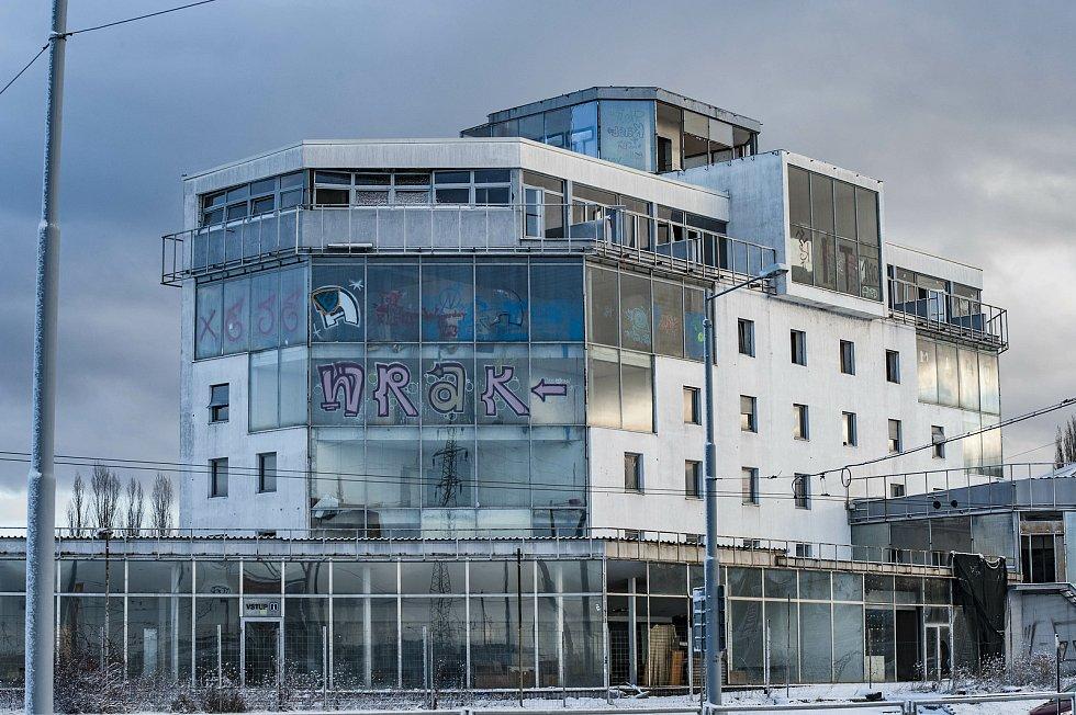 Budova Carimexu na Rokycanské třídě.