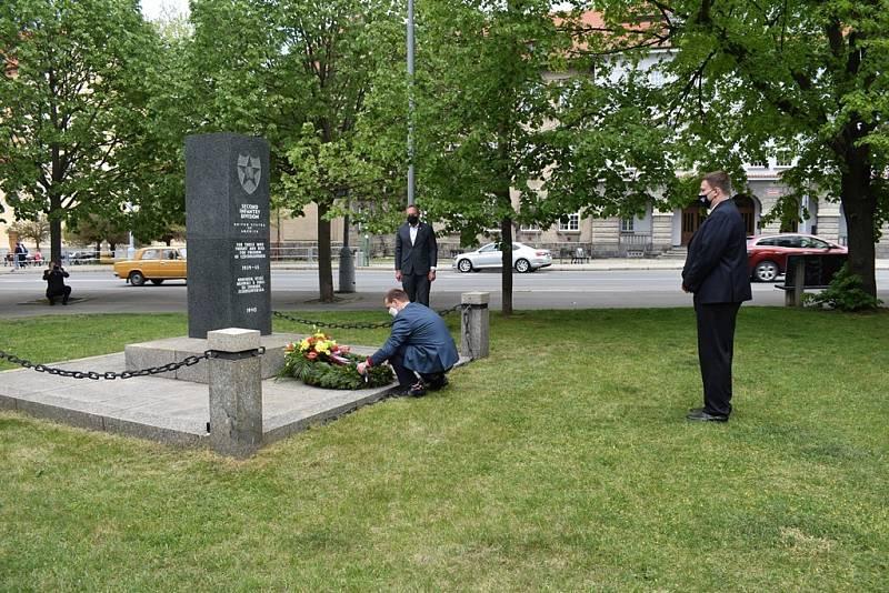Plzeňany pozdravili veteráni ze zámoří. Alespoň na dálku