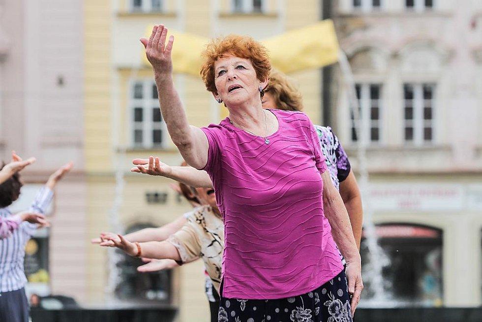 Nácvik vystoupení sokolů na náměstí Republiky