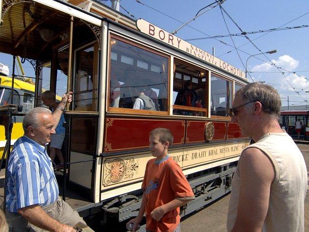 Křižíkova tramvaj zahajovala tramvajový provoz v Plzni. Dnes vyjíždí jen při zvláštních příležitostech