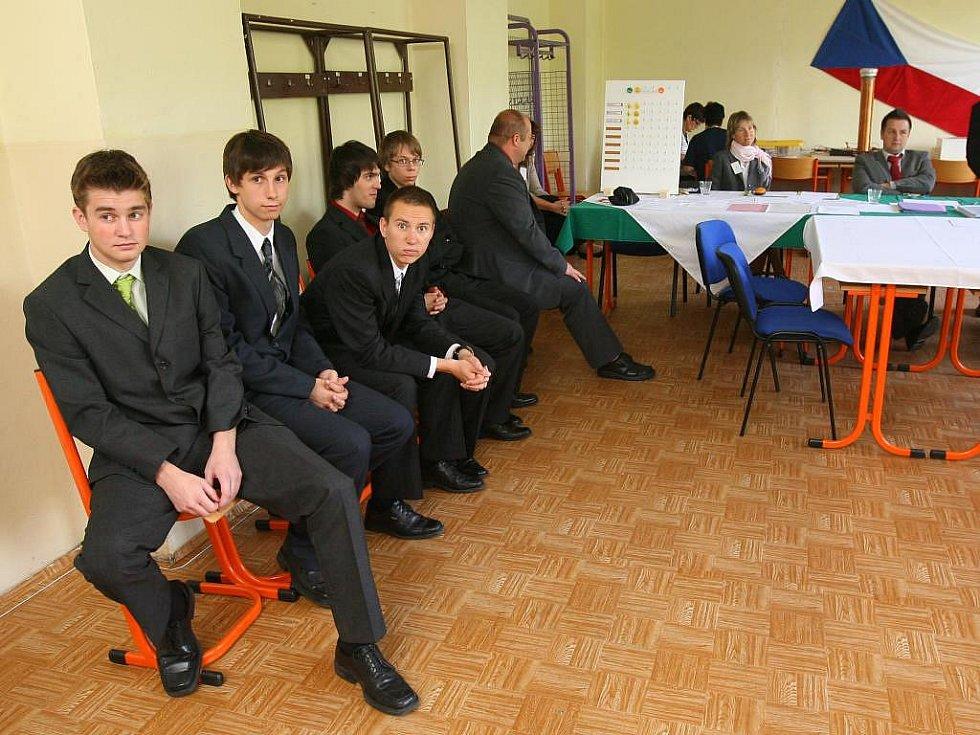 Studenti ze Střední průmyslové školy elektrotechnické.