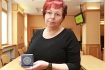 Blanka Nováková zachránila loni život malému chlapečkovi. Skvělou práci, za niž získala včera ocenění, odvádí i jako zdravotní sestra v Centru sociálních služeb Stod