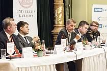 Debaty Česko - a jak dál? v Měšťanské besedě v Plzni, která měla za téma bezpečnost, se zúčastnili vrcholní politici, akademici i odborníci