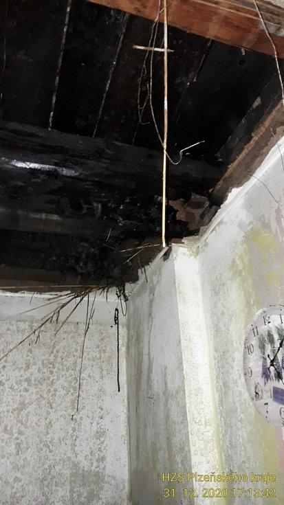 Požár v domě ve  Skvrňanech
