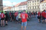 Vzpomínkový pochod fanoušků FC Viktoria Plzeň.