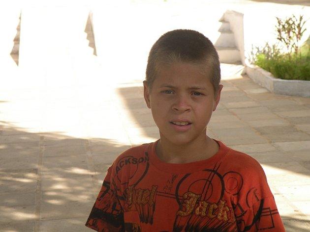 Irena Pulicarová z Plzně podporuje dvanáctiletého chlapce z Paraguaye dva roky