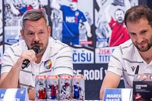 Emotivní chvilku prožil Pavel Horváth při představování speciální edice plechovek piva Gambrinus.
