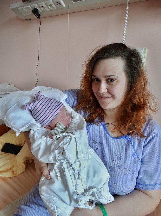 Sebastien Petrovič se narodil 26. února v5:38 mamince Veronice a tatínkovi Slávkovi zDobřan. Po příchodu na svět vplzeňské FN vážil jejich synek 4320 gramů a měřil 52 centimetrů.
