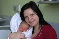 Adélka Urbanová (2,95 kg, 48 cm) se narodila 6. února v5.30 hod. vMulačově nemocnici. Je to prvorozená dcera Lucie Hynkové a Václava Urbana ze Žichlic