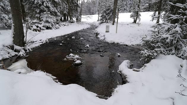 تصویر عکس: زمستان ، یخبندان