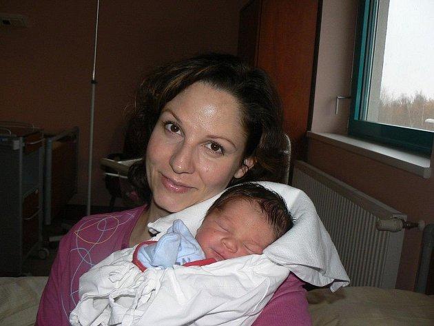 Maxmilián Malotín (3,56 kg, 50 cm) z Plzně přišel na svět 23. 11. v8:33 hod. ve FN. Maxík je druhorozený syn maminky Petry a tatínka Petra, na brášku čeká dvouletý Petřík