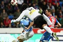 Hrdinou zápasu pětadvacátého kola první fotbalové ligy v Plzni mezi domácí Viktorií a Mladou Boleslaví se stal hostující brankář  Aleš Hruška, který má velkou zásluhu na překvapivé výhře Středočechů 2:1.