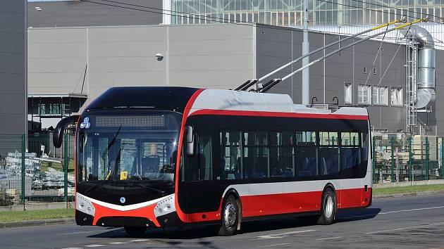 Koncem prosince by se už měli cestující v hromadné dopravě v Opavě svézt novými komfortně vybavenými troljebusy z plzeňské firmy Škoda Electric. Člen skupiny Škoda Transportation pro tamní dopravní podnik vyrobil pětici vozů typu Škoda 32 Tr.