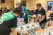 Turnaj ze série českého poháru ve stolním Stiga hokeji v Plzni
