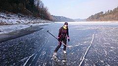 Gabriela Polcarová má vodu v zimě ráda ve všech jejích podobách.