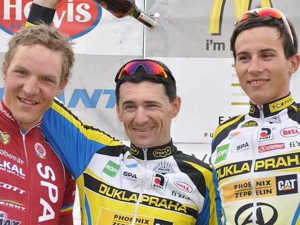 Cyklistický seriál Giant liga pokračuje ve středu v Plzni-Doubravce druhým dílem nazvaným Grand Prix 3FVision. Na startu se objeví i nejlepší cyklisté z úvodního závodu, druhý v cíli Jiří Nesveda (Sparta Praha), vítěz Milan Kadlec a třetí Ondřej Rybín (ob