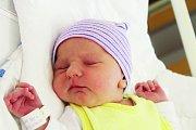 Karla Hlaváčková ze Stoda (3320 g) přišla na svět v klatovské porodnici 10. července ve 2.30 hodin.  Na sestřičku se doma těší Stella (2). Rodiče Veronika a Karel si nechali pohlaví miminka jako překvapení na porodní sál.