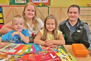 Ivana Potůčková s rodinou