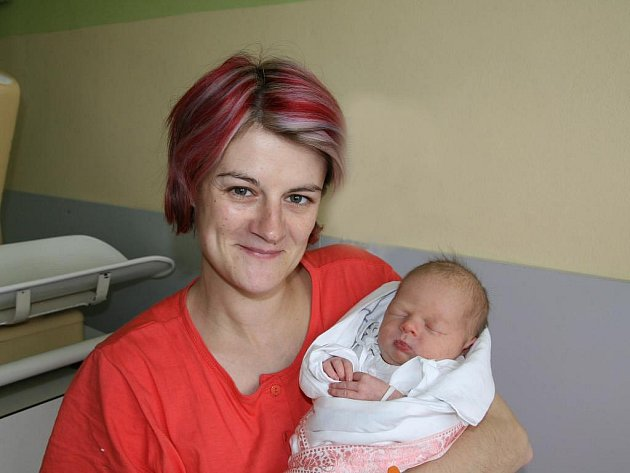Viktorka (3,15 kg, 49 cm) se narodila 15.května ve 20.30 hod. v Mulačově nemocnici. Rodiče Jana a Václav Blechovi z Rakolusek už mají doma pětapůlletého Ondřeje