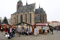 Adventní trhy na náměstí Republiky v Plzni.