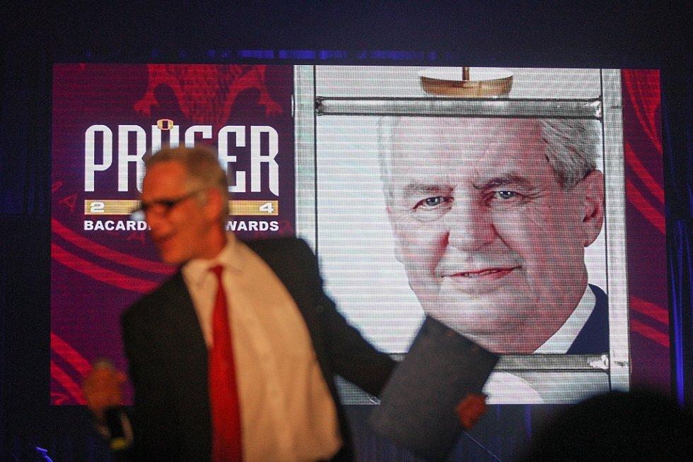 Průserem roku se podle hlasujících stal Miloš Zeman