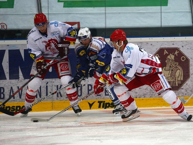 Hokejisté Lasselsbergeru Plzeň ve dvanáctém kole porazili na domácím ledě Třinec 7:3