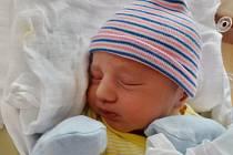 Samuel Sýkora se narodil 27. února ve 22:58 mamince Vladěně a tatínkovi Františkovi z Plzně. Po příchodu na svět v plzeňské FN vážil jejich prvorozený synek 3730 gramů a měřil 53 centimetrů.
