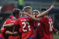 S ukrajinským gigantem sehráli více než vyrovnanou partii, po hodině zápasu šli dokonce do vedení, jenže nadějný výsledek neudrželi.