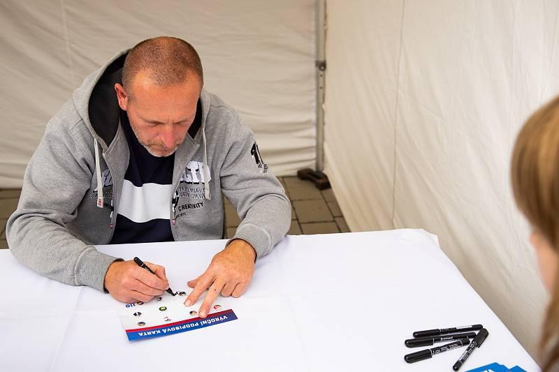 Dorazil i bývalý vynikající útočník Robert Vágner.