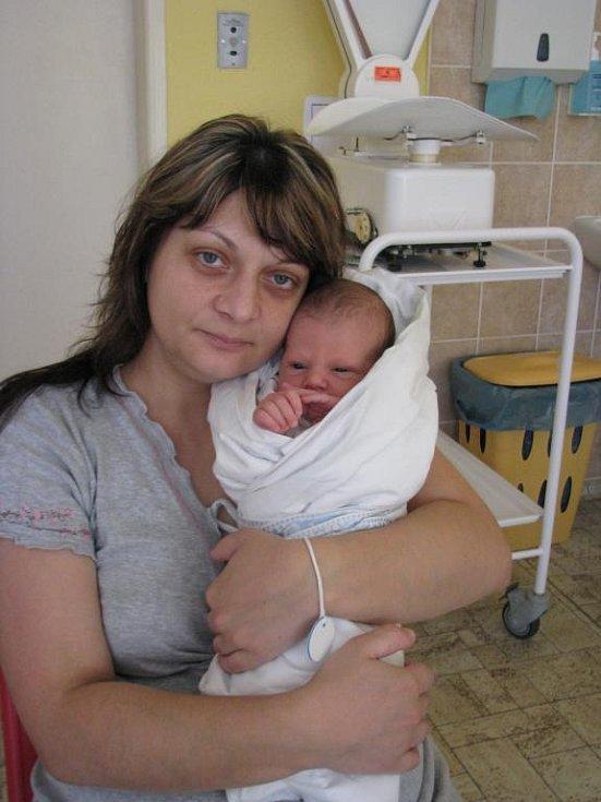 Martin (3,40 kg, 50 cm) přišel na svět 6. března v 8:44 v Mulačově nemocnici. Z jeho narození se radují rodiče Jana a Martin Bajzovi z Kasejovic. Na brášku se těší pětiletá sestřička Miriam