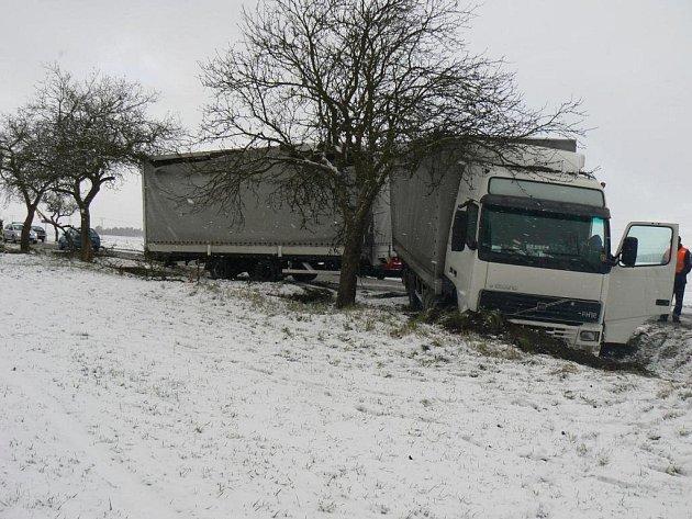 Dopravní nehoda u Střelic