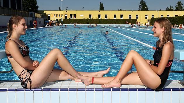 Venkovní bazén na Slovanech