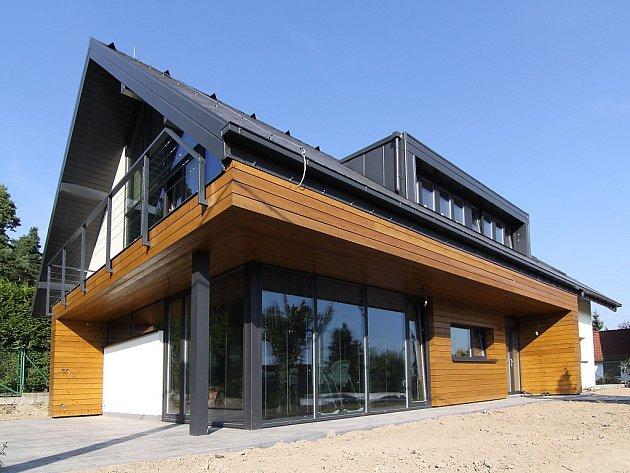 Stavby pro bydlení: Rodinný dům vSenci uPlzně