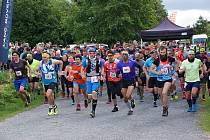 Start závodu na 20 kilometrů.