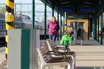Zrekonstruované nástupiště číslo 2 na hlavním nádraží v Plzni