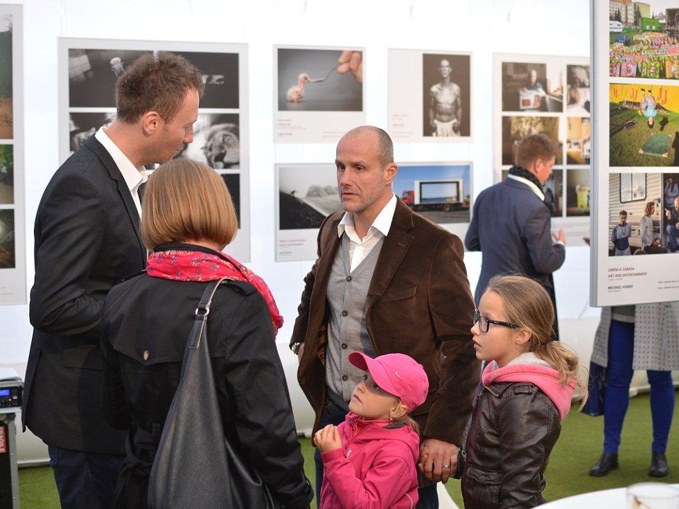 Fotografie soutěže Czech Press Photo 2013 jsou k vidění na náměstí Republiky