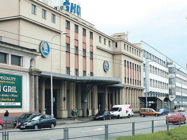 VE STŘEDU SE ROZHODNE, zda bude bývalá budova ředitelství Škoda Holding definitivně patřit Západočeské univerzitě.