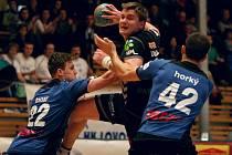 enný skalp si připsali na své konto házenkáři Talentu M.A.T. Plzeň v nedělním utkání 10. kola extraligy.