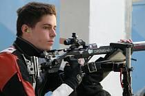 Sedmnáctiletý sportovní střelec Filip Nepejchal během mistrovství ČR v září 2016 v Plzni. Mimořádný talent  na republikovém šampionátu vyhrál.