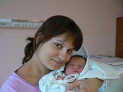 Elenka Novotná (3,09 kg, 50 cm) se narodila 11. ledna ve 14:30 hod. ve plzeňské FN, a to jako prvorozená dcera Nely Reiserové a Stanislava Novotného
