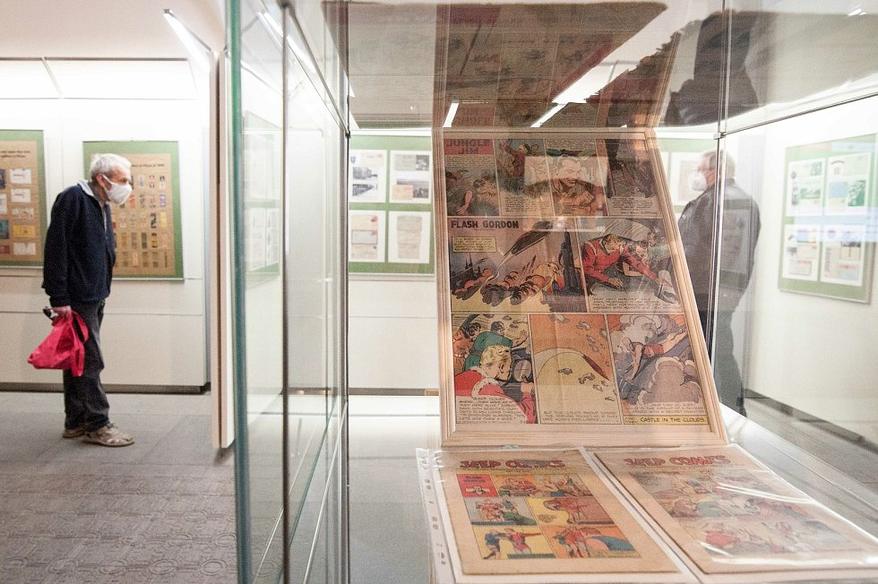 Výstava Polní pošta americké armády v jihozápadních Čechách v mázhauzu plzeňské radnice