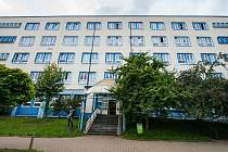 Polikliniku Slovany, kterou vlastní město Plzeň, získala ve výběrovém řízení 27. srpna společnost Kopeckého pramen.