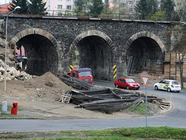Železniční most v Mohylové ulici v Plzni