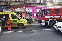 Čtvrteční nehoda na Americké v Plzni.